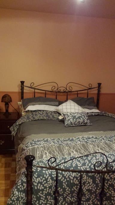 Une chambre priveexx houses for rent in repentigny for Chambre repentigny