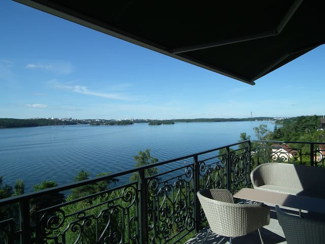 Beautiful villa with breathtaking views - Lidingö - Villa
