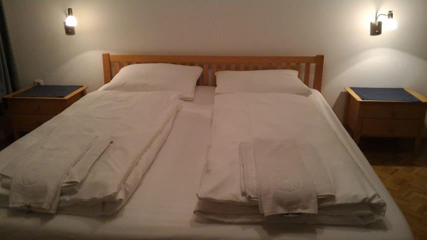 Große Betten