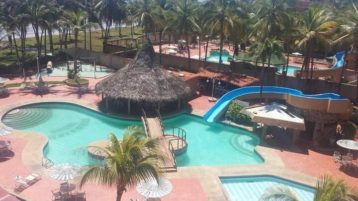 Apartamento con excelente vista al mar en Tucacas