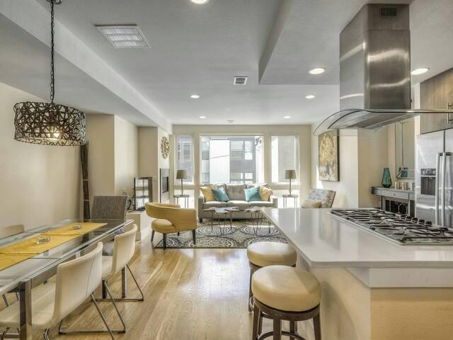 Beautiful 4BED Highlands Home - Golden - Leilighet
