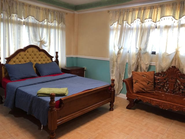A & M Guesthouse Inn( Luxury Suite)