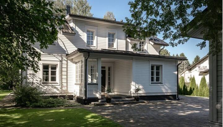 Luxury large house close to Turku city center