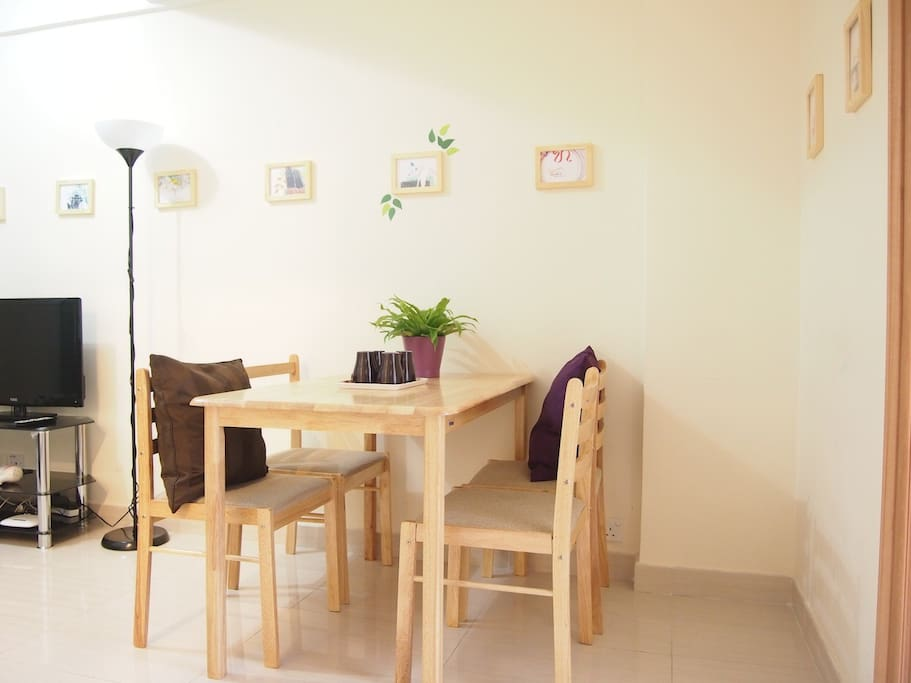 Fresh and cozy dinning area for your nice breakfast