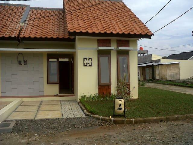 disewa rumah baru di bojong gede - Bojong Gede - Rumah