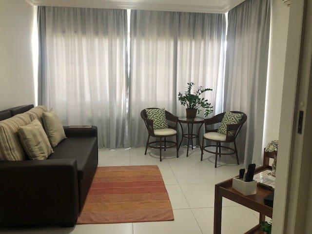 sala climatizada, com TV , SKY, WI-FI,vista para piscina