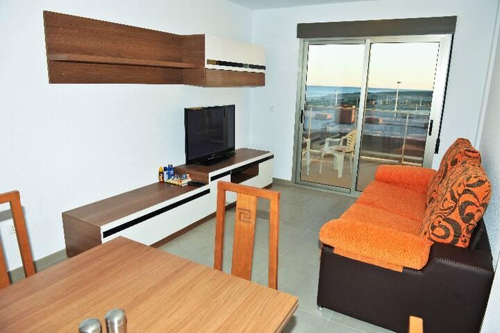 Apartment next to the sea