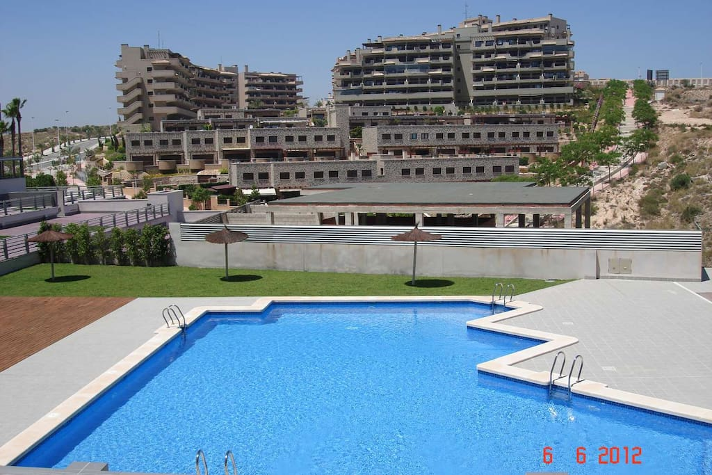 Apartment next to the sea appartements louer los for Comunidad del sol
