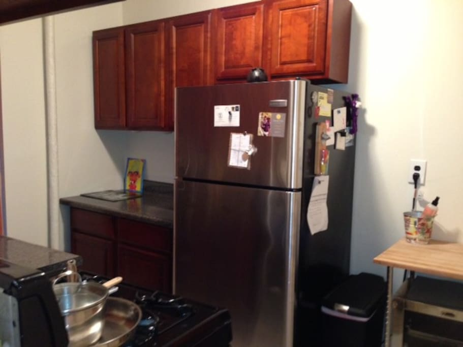 full, separate kitchen includes oven, convection oven, full fridge and breakfast nook
