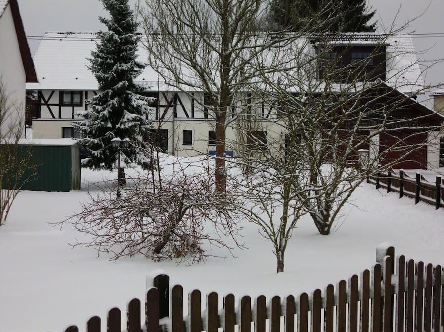 So sieht es hier im Winter aus - einfach malerisch !!!