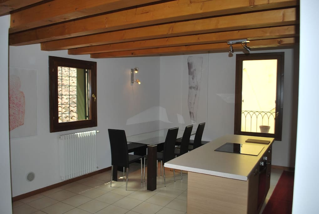 house delle bele dining room and kitchen