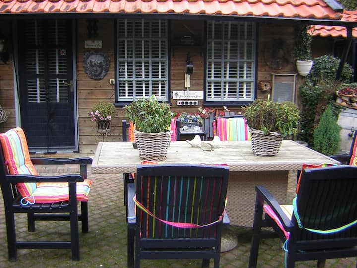 Rustig gelegen Tuinhuis in grote tuin Sint Pancras