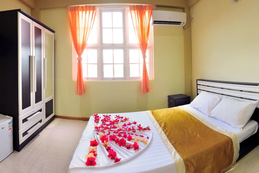 Double Bed room A/C wifi Television, telephone