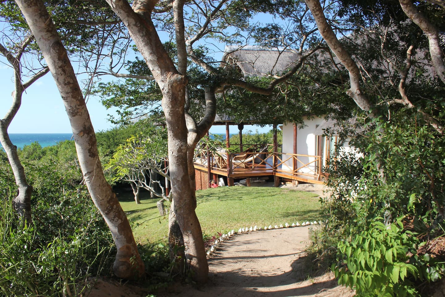 A much loved, laid back holiday rental on the Baia do Bazaruto in Vilanculos, Mozambique