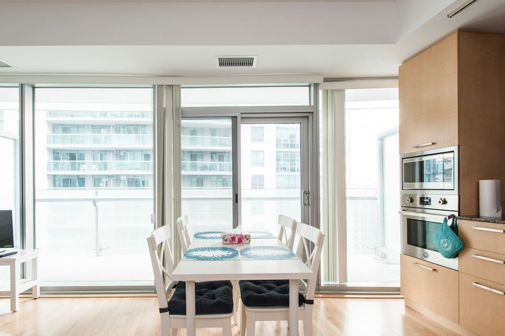 """""""Great location very close to Union Station/groceries/etc. and nicely furnished with all needed amenities! Luna was easy to communicate with. Would stay again if available"""" - Ken"""