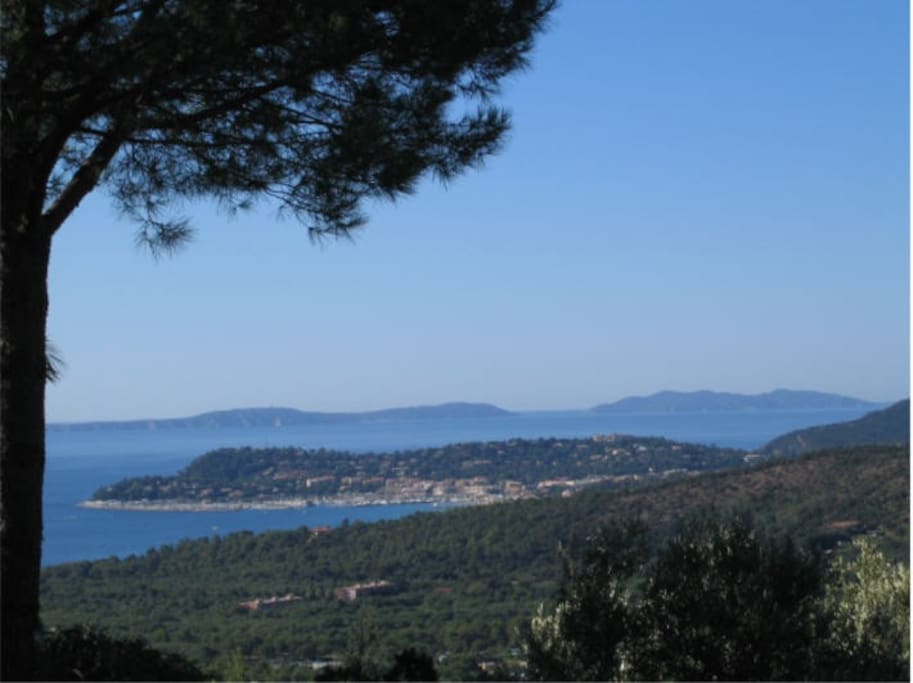 Sea view to Cavalaire and the islands