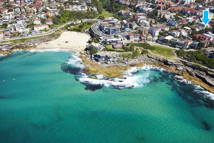 Sydney Beach-side Hideaway