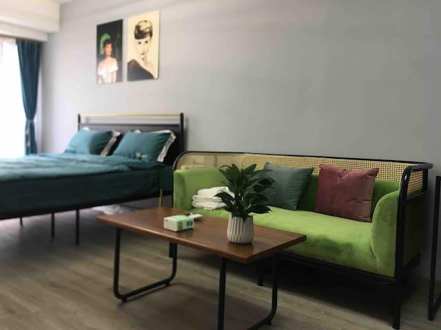 现代简约舒适公寓-位于福田中心区