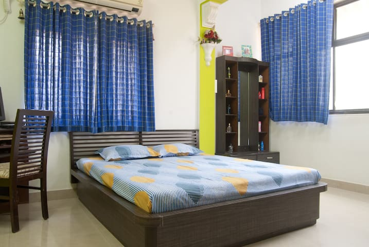 Quiet, private room near airport - Mumbai - Huoneisto