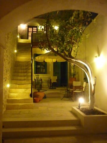 AVGERINOS apt @ Villa Aposperitis - Panormos - Apartamento