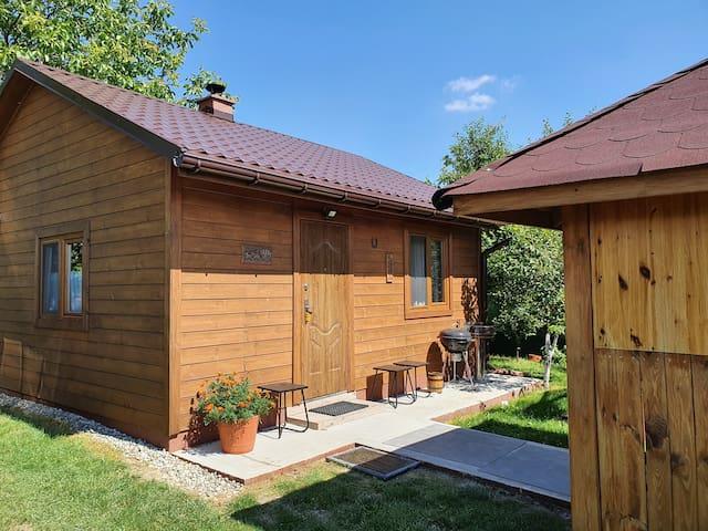 Nowy domek rekreacyjny z ogrodem. Skowronno Górne
