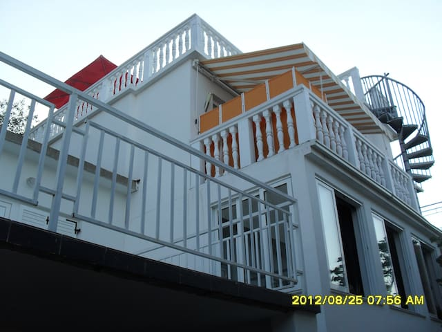 Ferienhaus mit Meerblick in Klanfari - Dramalj - House