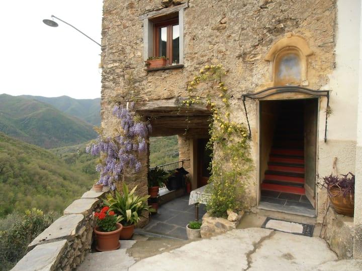 Casale in pietra a 25 min. mare (2)