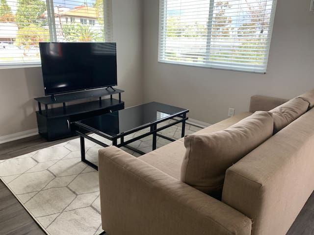 Charming Apartment in North Park (Pet Friendly)