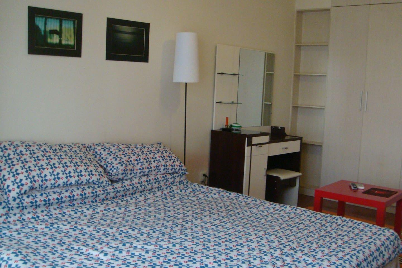 Larger bedroom
