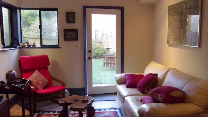 Sunny Garden Suite, Perfect Locale