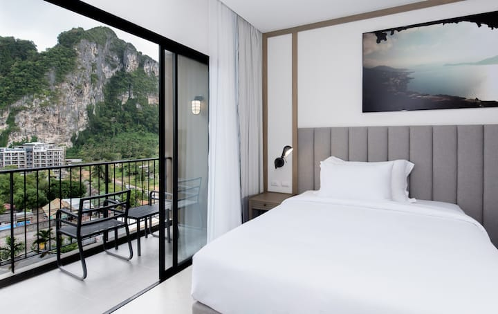 Cliff Room With Delux Cliff View At Aonang Beach - RoomOnly