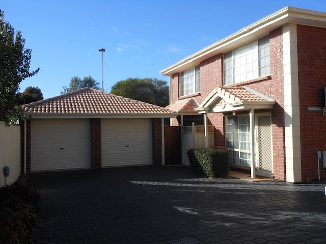 Glenelg Junction - Glengowrie - Casa