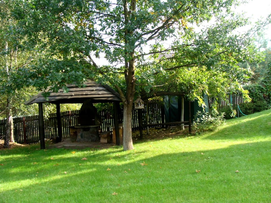 1000 m2 private garden