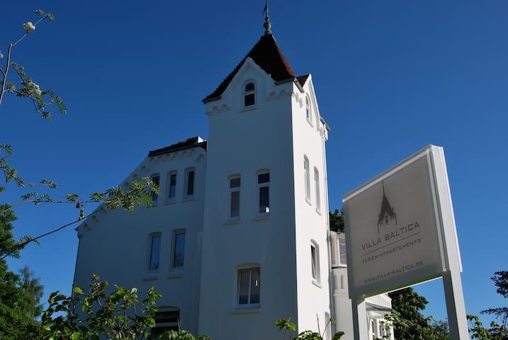 Villa Baltica - Garten-Appartement - Schönberg - Wohnung