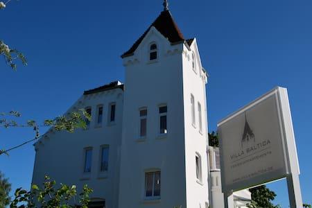 Villa Baltica - Garten-Appartement - Schönberg