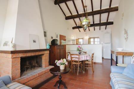 Appartamento piscina nella natura A - Province of Siena - Apartment