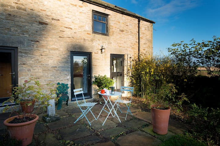 Lovely Light Sunny Garden Cottage - Kiln Pit Hill - Hus