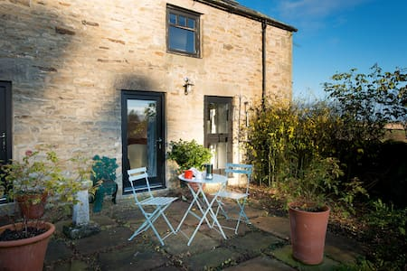 Lovely Light Garden Cottage - Kiln Pit Hill