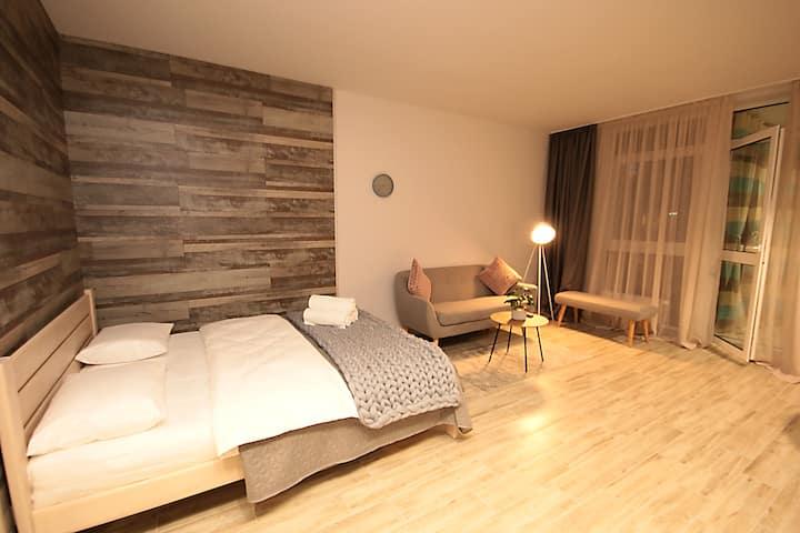 Designer apartment(0), 53 Predslavynska street