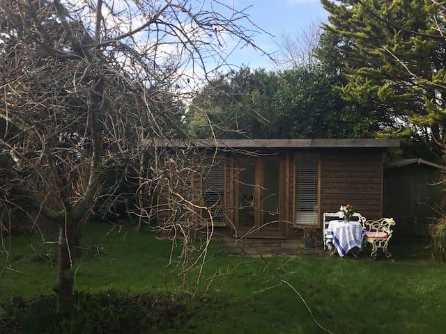 Cornish Gardenroom in private setting