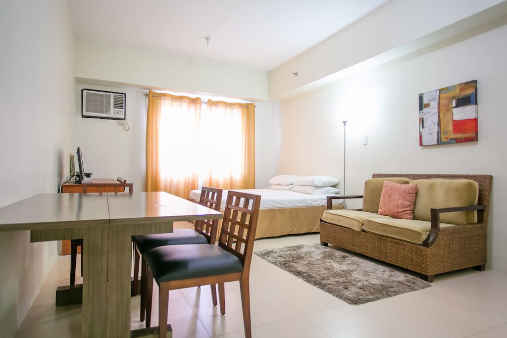 Studio unit has comfortable dining, living and sleeping area, with kitchen and bathroom