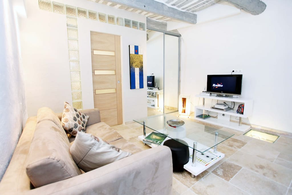 Loft Atypique-Antibes Old town