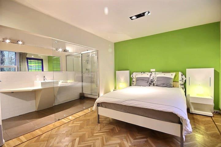 Belles chambres très confortables - Charleroi - Vila