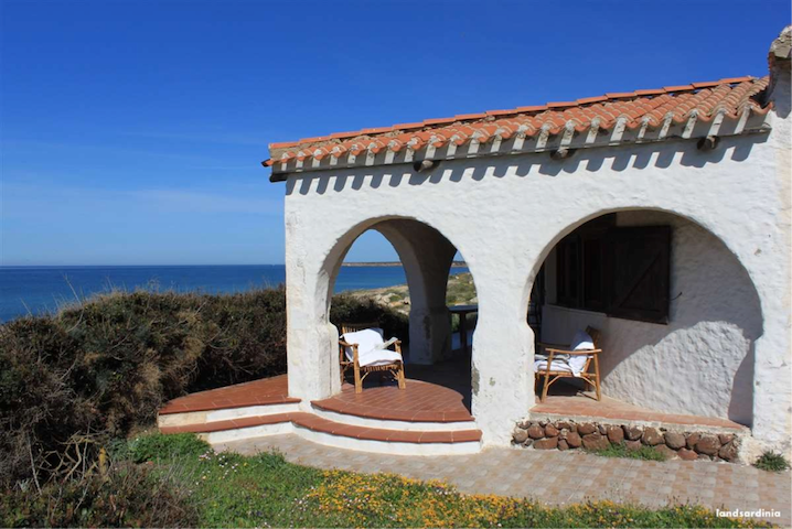 Unique seafront villa in Sardinia - Cabras