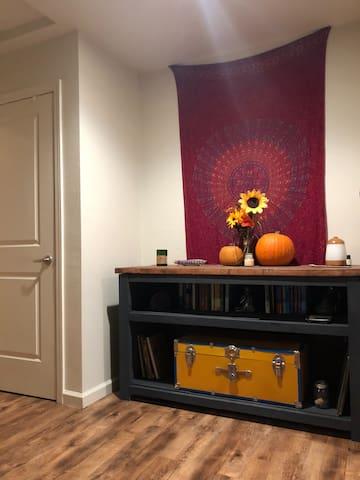 Cozy One Bedroom Apartment!