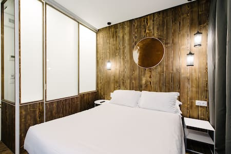 "Room ""Johannesburg"" design, Spa &Garden free acces - Clichy - Boutique-hôtel"