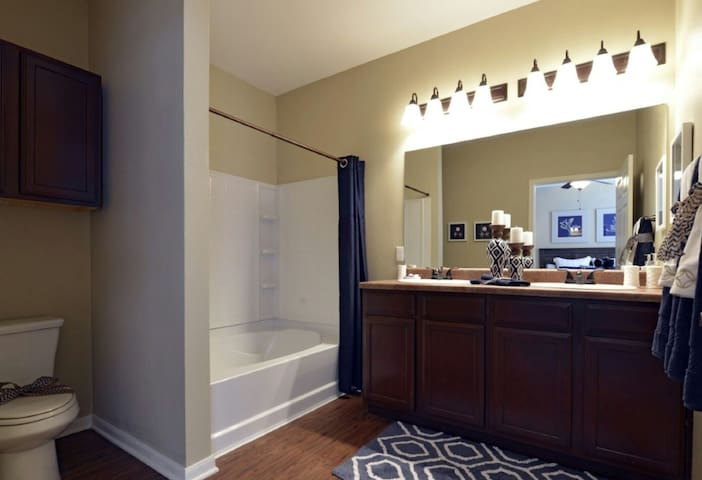 Your second home - Tomball - Apartment