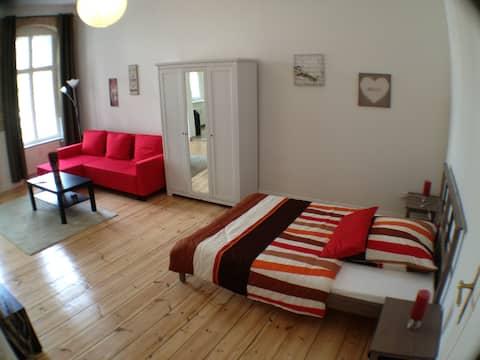 Modern & friendly apartment Berlin