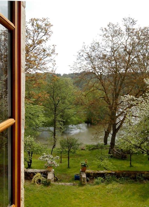 Vue sur l'Yonne - The Yonne river