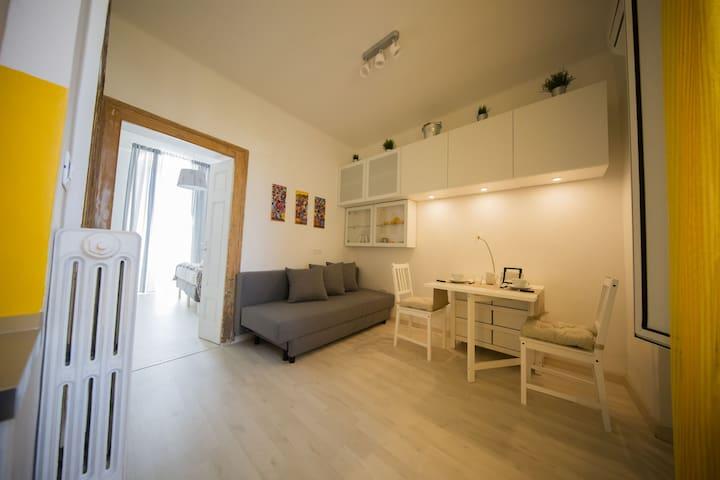 Casa dei nonni (INTERO Appartamento con Terrazza)